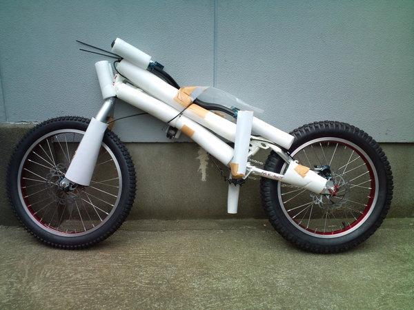 F1000812